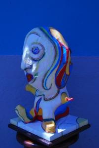 Escultura El Niño sentado